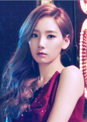 "Girls' Generation individual ""Paparazzi' concept pics"