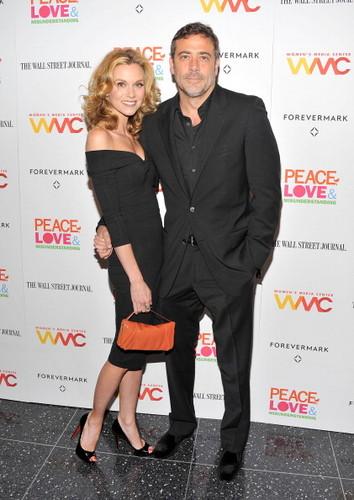 """Hilarie Burtonattend the """"Peace, প্রণয় And Misunderstanding"""" New York Screening (June 4, 2012)"""