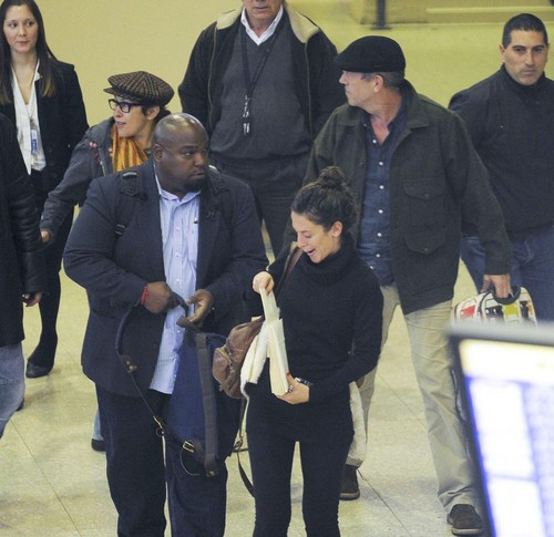Hugh Laurie and Jo Green - Arrive in Buenos Aires - 06.06.2012