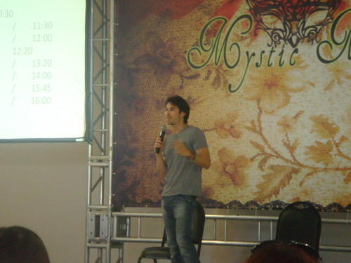 Ian at the Mystic Moon Convention 06.02.2012