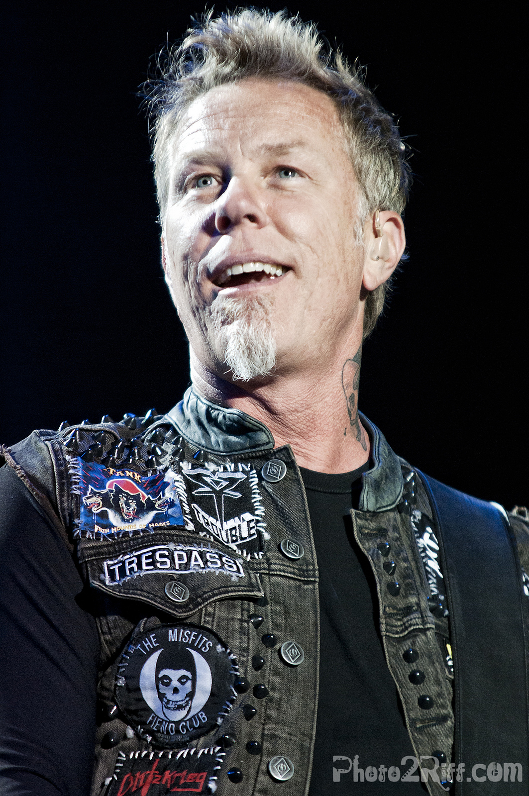 james james hetfield photo 31020172 fanpop page 8. Black Bedroom Furniture Sets. Home Design Ideas