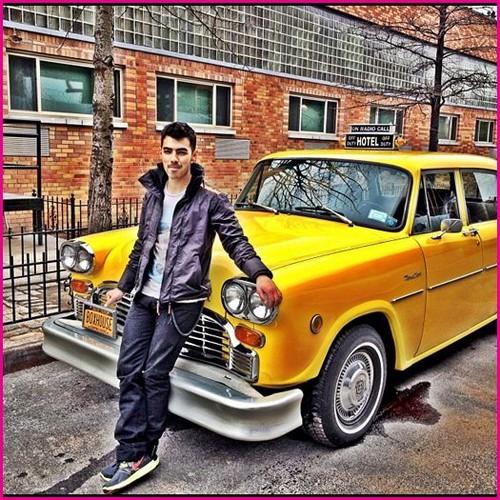 Joe Jonas The siguiente Fame Is At Your Doorstep