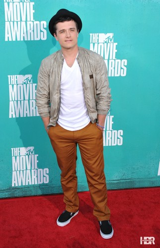 Josh at the MTV Movie Awards 2012