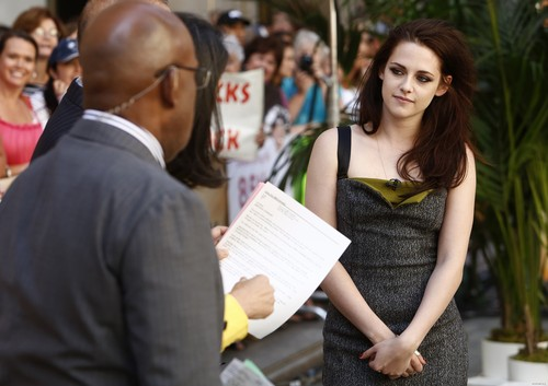 "Kristen at ""The Today Show"" in New York - 31/05/12."