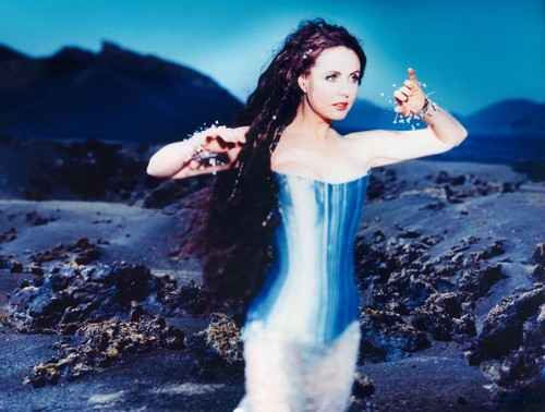 Sarah Brightman achtergrond possibly with a cocktail dress and a chemise titled La Luna