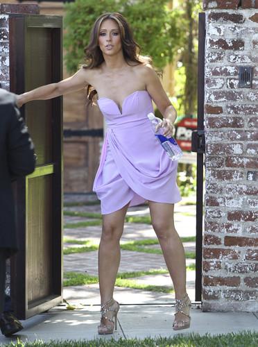 Leaving Her House In Toluca Lake [6 June 2012]