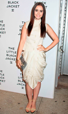 Lily Collins At The Chanel The Little Black জ্যাকেট Exhibition (06/06)