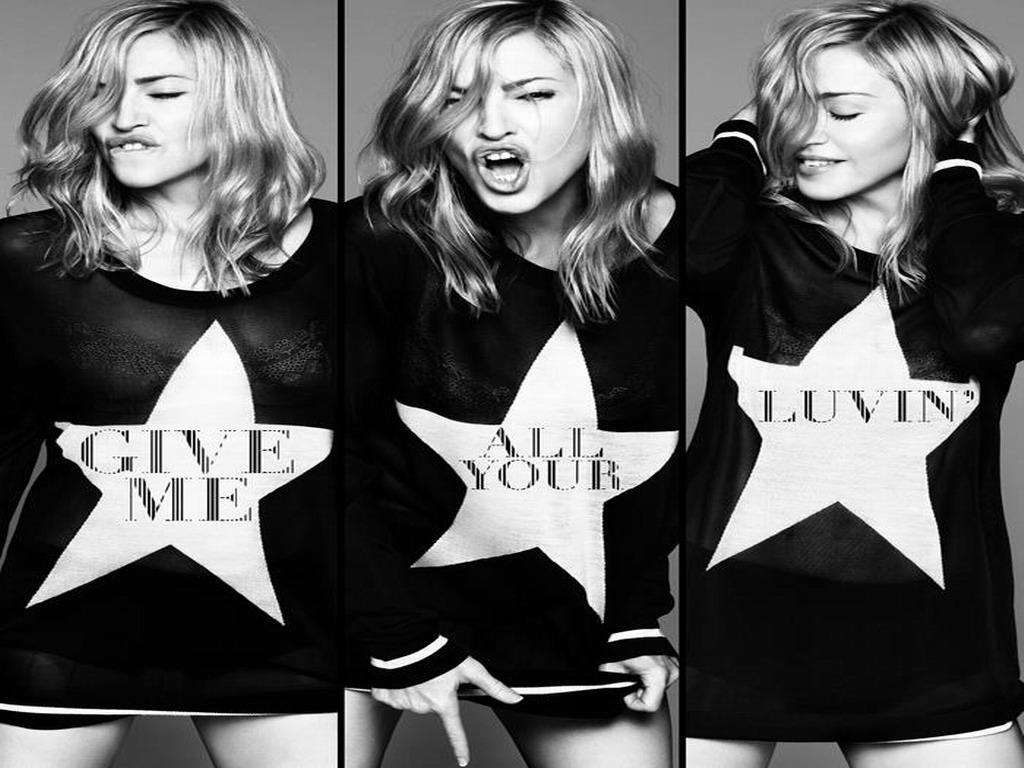 Madonna-madonna-31007429-1024-768.jpg