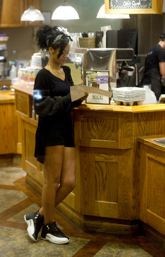 Making A Late Night Coffee Run In Santa Monica [4 June 2012]