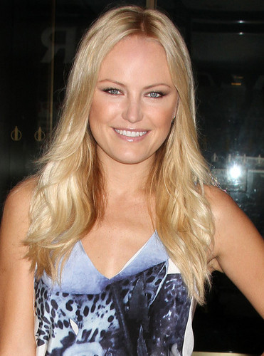 "Malin Akerman Visits The ""Today"" ipakita"