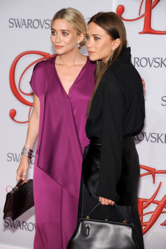 Mary-Kate & Ashley Olsen - 2012 CFDA Fashion Awards - Arrivals, June 04, 2012 - mary-kate-and-ashley-olsen Photo