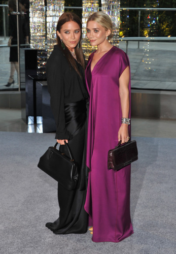 Mary-Kate & Ashley Olsen - 2012 CFDA Fashion Awards - Cocktails, June 04, 2012 - mary-kate-and-ashley-olsen Photo
