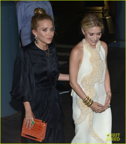 Mary-Kate & Ashley Olsen - Attend The Fresh Air Funds Salute To American Heroes, May 31, 2012