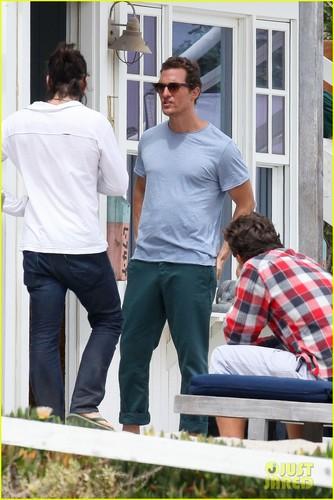 Matthew McConaughey: Malibu photo Shoot!