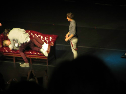Narry moment &lt;3 - one-direction Photo