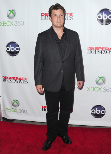 "Nathan Fillion arrives to the Series Finale of ABC's ""Desperate Housewives"" - nathan-fillion Photo"