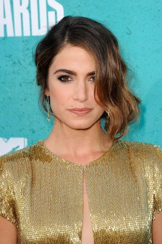 Nikki at the mtv Movie Awards 2012
