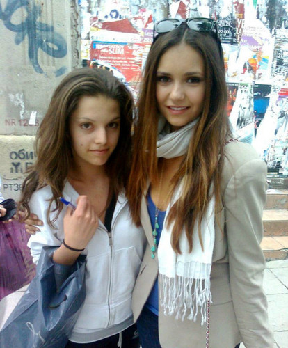 Nina with fan in Bulgaria,Sofia - ian-somerhalder-and-nina-dobrev Photo