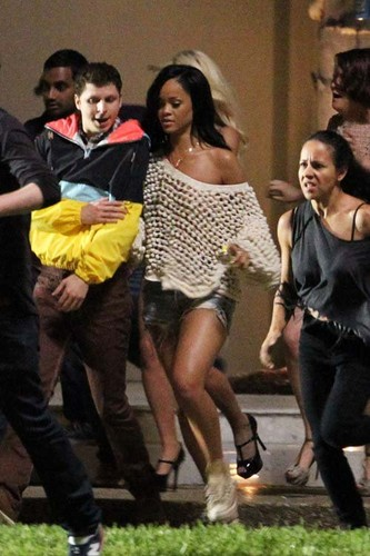 Rihanna fond d'écran called On 'The End Of The World' Set In New Orleans [31 May 2012]