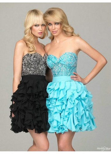 PRETTY PROM DRESSES :P - teen-fashion Photo