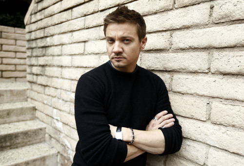 People Portrait(2010) - jeremy-renner Photo