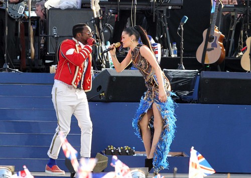 Queen's Diamond Jubilee Concert At Buckingham Palace In London [4 June 2012] - jessie-j Photo