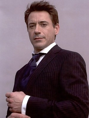 robert_downey_jr. wallpaper containing a business suit, a suit, and a single breasted suit entitled RDJ