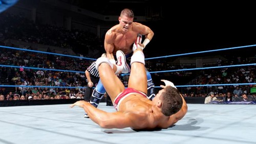 Rhodes vs Kidd on Smackdown
