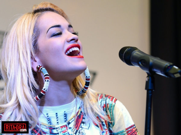 http://images5.fanpop.com/image/photos/31000000/Rita-Ora-BBC-Radio-1-Hackney-Weekend-2012-June-08-2012-rita-ora-31099069-600-450.png