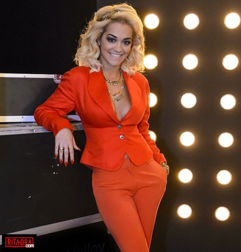 Rita Ora - سیکنڈ دن Of The X Factor Judging In London - May 29, 2012