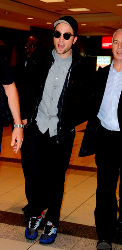 Robert Pattinson, 03-06-2012