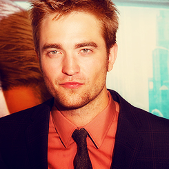 Robert Pattinson wallpaper containing a business suit and a suit called Robert Pattinson