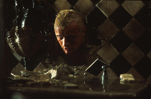 Blade Runner wallpaper with a chainlink fence entitled Roy Batty