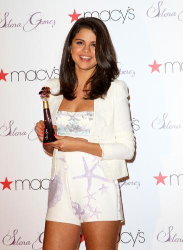 Selena - Perfume Launch at Macy's in New York - June 09, 2012