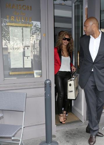Beyonce images shopping at la maison de la truffe in paris - La maison de la truffe ...