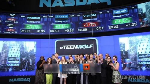 TEEN wolf CAST RING CLOSING klok, bell AT NASDAQ