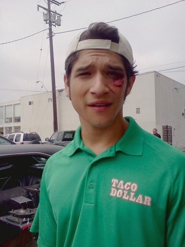 taco duka (2012) > On Set