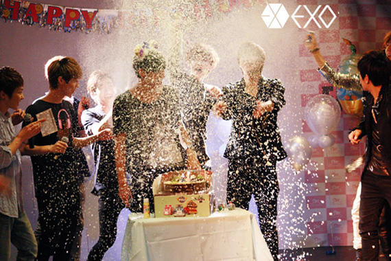 Tao's birthday and EXO-M <3