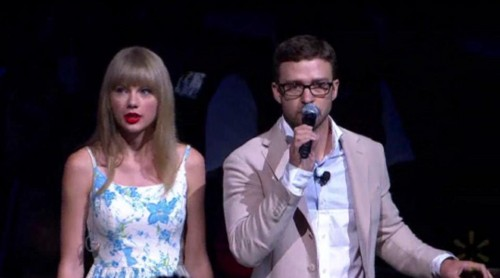 Taylor pantas, swift performed at Wallmart (June, 1st)- Justin Timberlake interview