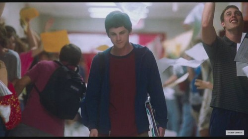The Perks of Being a Wallflower > Screen Captures - Trailer - logan-lerman Photo