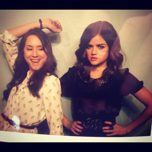 Pretty Little Liars Hintergrund called Troian Bellisarioand Lucy Hale