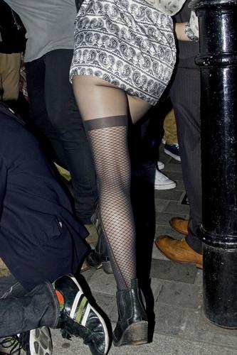 Very Sexy नितंब, गधा & Legs [9 June 2012]