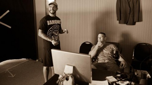 CM Punk wallpaper with a laptop and a living room titled WRESTLEMANIA XXVIII DUELING DIARY: DAY 5