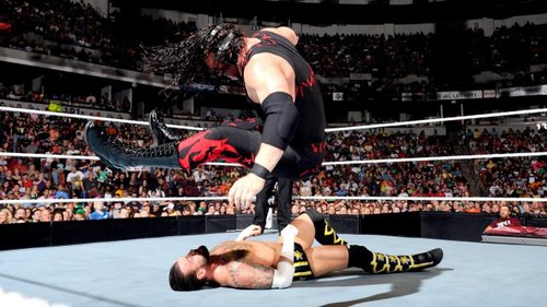 wwe Raw Punk vs Kane