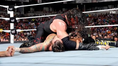 WWE Raw Punk vs Kane