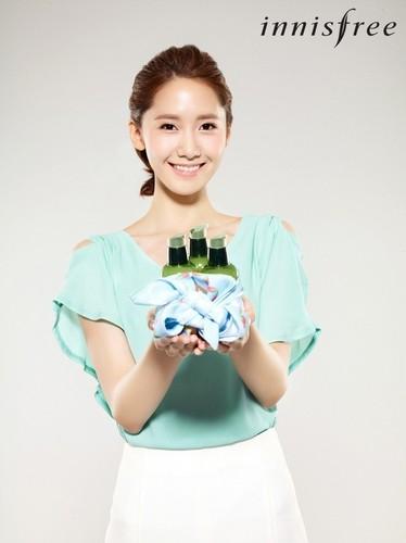 Yoona @ Innisfree