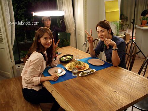 Im yoonA fond d'écran with a dinner, a dîner table, and a brunch, brunch du called Yoona @ l'amour Rain