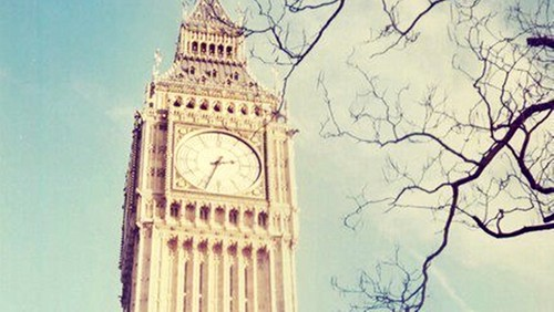 Schöne Bilder Hintergrund containing a clock tower entitled live your life .. ♥