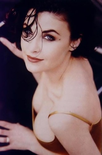 Sherilyn Fenn kertas dinding with skin and a portrait titled sherilyn
