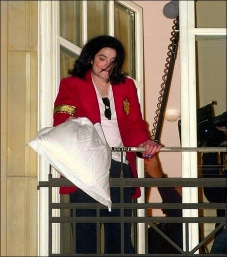 very rare and very cute Mike :)